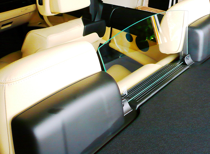 Our real glass wind-blocker for your BMW E93